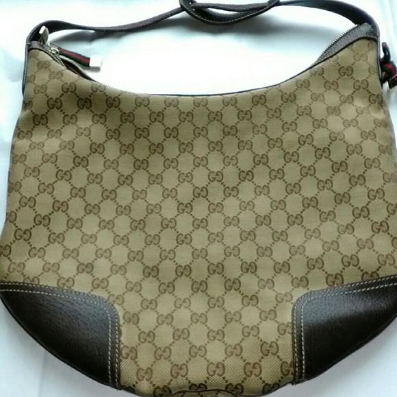ddc15f083d50 Gucci Handbags - Gucci GG fabric princy hobo -authentic